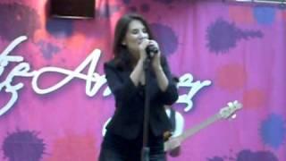 Katie Armiger - Make Me Believe