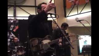 Joe Strummer and the Mescaleros - Cool 'N' Out - LIVE