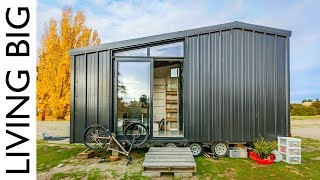 Architect Builds Incredible Off-The-Grid Tiny Home To Avoid High House Prices - Video Youtube