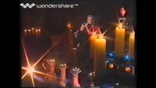 Bobbie&Jeff singing 'what's forever for' at a dutch talkshow;Jos op 1' December 1997...