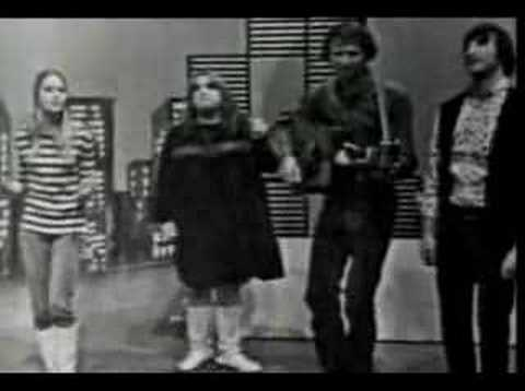 The Mamas and the Papas - California Dreamin