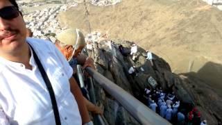 preview picture of video 'Hira Nur Dağı : Kur'an ile buluşma. En güzel kim okuyor değil, en güzel kim yaşıyor : Adnan Şensoy'