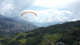 preview picture of video 'Paragliding in Gangtok, Sikkim'