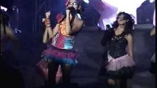 Danna Paola en VIVO El Marquez Queretaro - De Aqui Para Allá