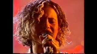 Neneh CHERRY   Women   LIVE TV 1996