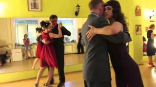 Вечеринки в Escuela de tango