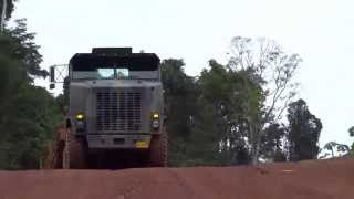 Oshkosh M1070 Hauling Logs. Super Heavy 8 X 8 Tractor With Lowbed Trailer!! Part 4
