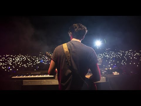 """PETIT BISCUIT """"Sunset Lover"""" (Live)"""
