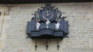 preview picture of video 'Reloj del Ayuntamiento de Laguardia (Álava)'