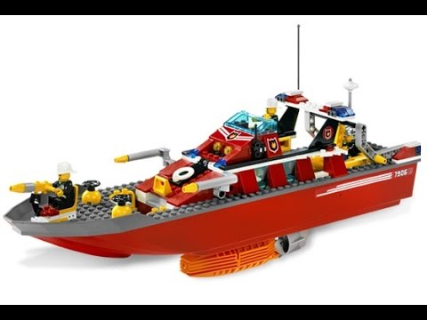 Vidéo LEGO City 7906 : Le bateau des pompiers