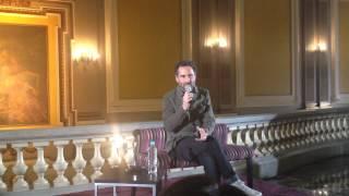 Jorge Drexler habla sobre Mundo Abisal en concierto