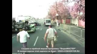 СРАНЫЙ водитель не умеет ездить! Авария на трассе! ЖЕСТЬ!