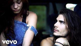 Distortion - Jessica Sutta (Video)
