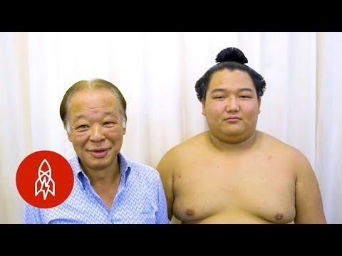 Meet the Hairdresser to Sumo's Elite Wrestlers