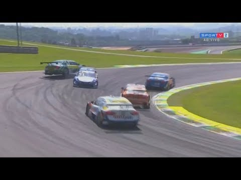 Stock Car Brasil 2017. Autódromo de Interlagos. Crash