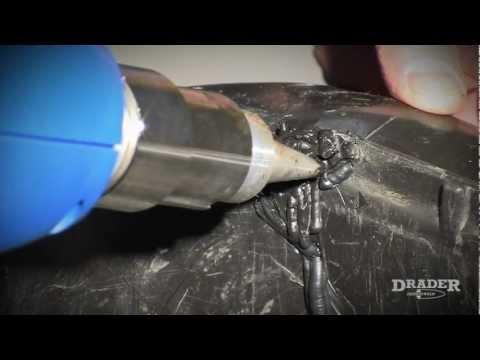(IT) Saldare la Plastica - Come riparare un bidone dei rifiuti di plastica