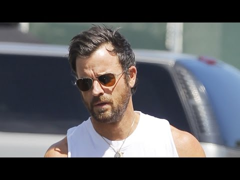 Justin Theroux's Biceps Deserve Their Own Domain Name -- See the Pic!