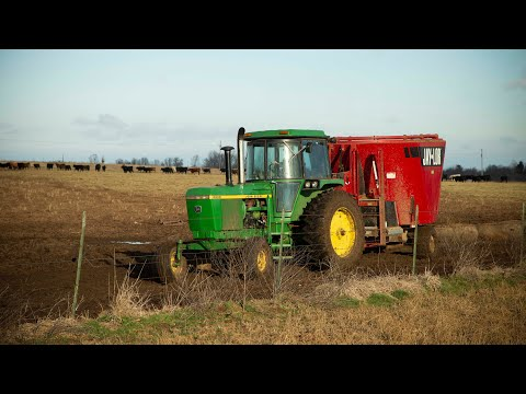 Backgrounding with a Jaylor 5575: TMR Mixer allows Richard to up capacity without extra real-estate