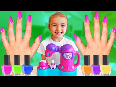 Las Ratitas se pintan las uñas en colores pretend play shopping nail polish for kids
