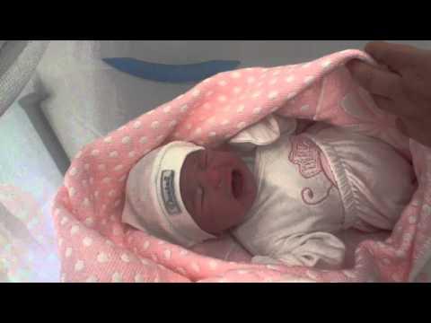Yenidoğan bebek anne dedi
