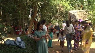 Tin Tức 24h Mới Nhất: Khu di tích Kim Liên tấp nập du khách