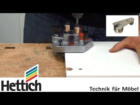Montage de corps de meuble avec des ferrures d'assemblage VB et le gabarit de perçage DrillJig VB