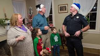 Collinsville Police Department - Twas the Night Before Christmas - story reading