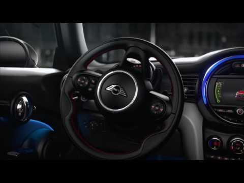 MINI Cooper F56 DVD in motion - смотреть онлайн на Hah Life