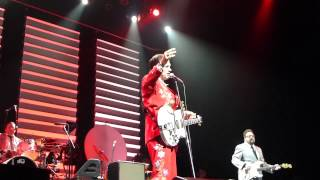Chris Isaak - Notice the Ring & Baby Did a Bad Bad Thing