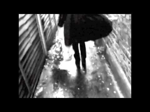 Esther Dee & The Carousel - Waiting on the Rain