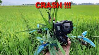 Drone race terbang rendah dan crash