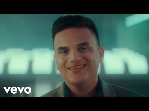 Silvestre Dangond, Maluma - Vivir Bailando (Official Video)