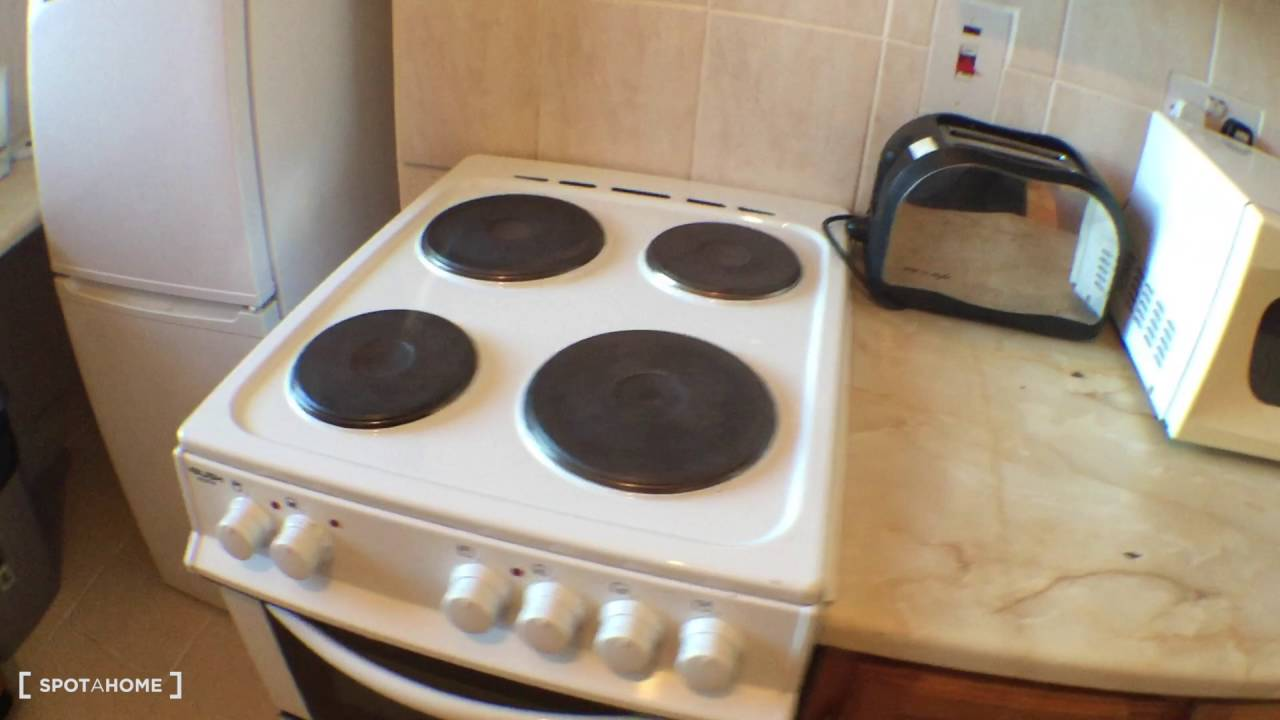 Convenient 2-bedroom flat to rent in well-connected Lewisham