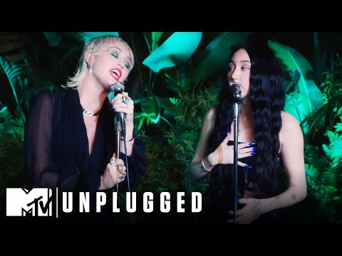 "Miley Cyrus ft. Noah Cyrus Perform ""I Got So High That I Saw Jesus"" 