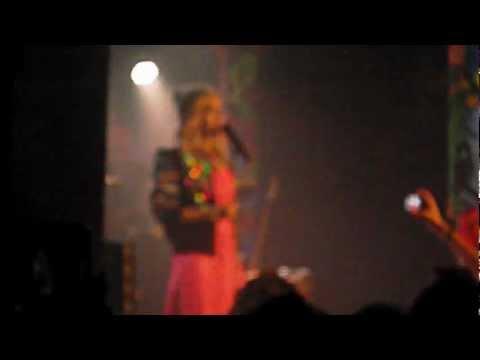 Rita Ora - Uneasy Live in Manchester [HD]