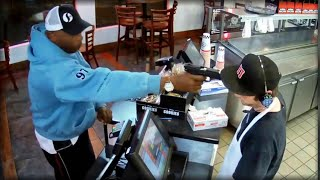 DAMN!!! WATCH THIS JIMMY JOHN'S EMPLOYEE'S REACTION WHEN ARMED ROBBER'S GUN GETS PUSHED IN HIS FACE