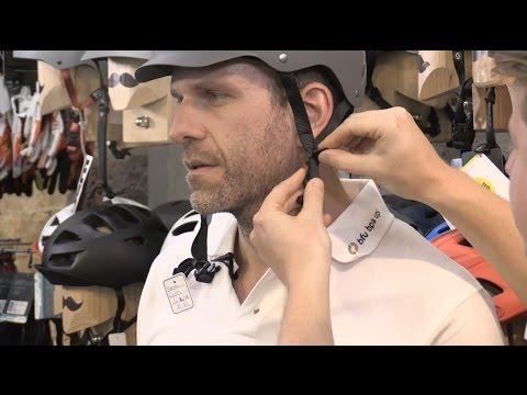 Casco per ciclisti: acquistare quello giusto, indossarlo e manutenerlo correttamente