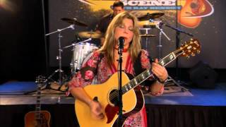 <b>Terri Hendrix</b> Performs Hand Me Down Blues Live On The Texas Music Scene