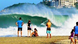A big-wave playground | Surfing at Puerto Escondid...