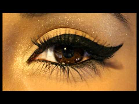 ♥ Perfect Winged Eyeliner Tutorial ♥