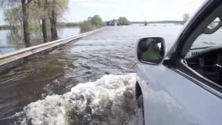 Форсирование реки на Lexus LX 570