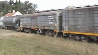 preview picture of video 'Tren de NCA pasando por Ballesteros'
