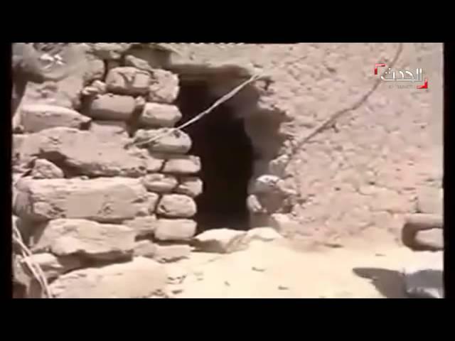 خنادق حفرها الحوثيون للهروب من غارات التحالف