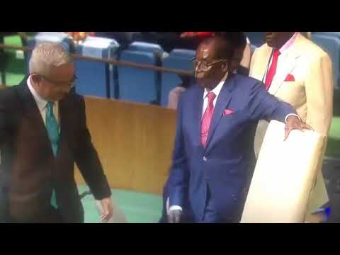 Mugabe stumbles again, this time at the UN
