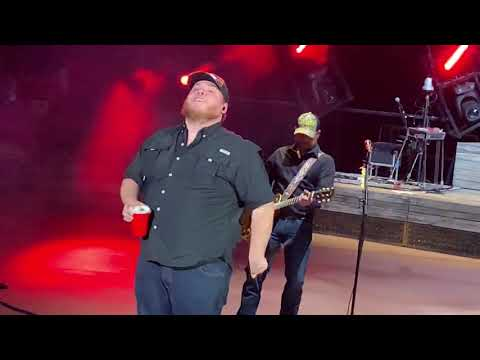 Luke Combs Red Rocks Amphitheatre Colorado Beer Never Broke My Heart May 12, 2019 - Bert1010