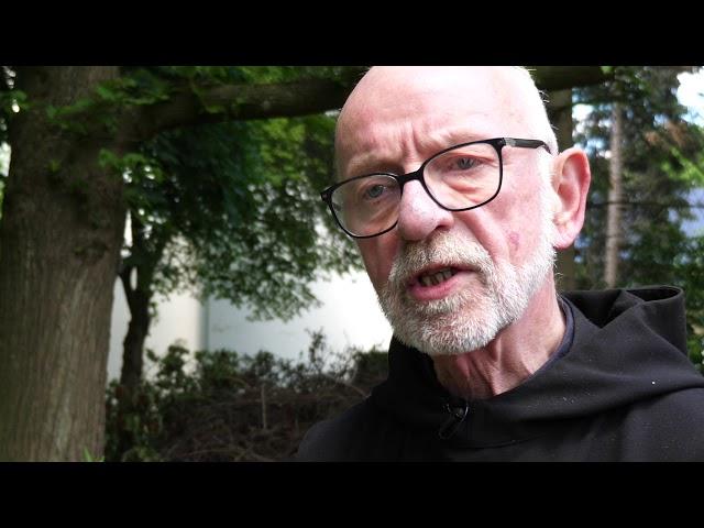 P. Albert Altenähr erklärt das Pfingstfest