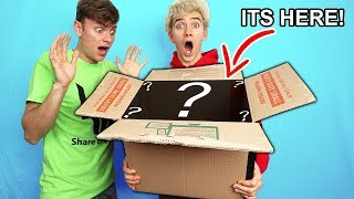 WHATS IN THE BOX? MY BROTHERS BIG SURPRISE!!