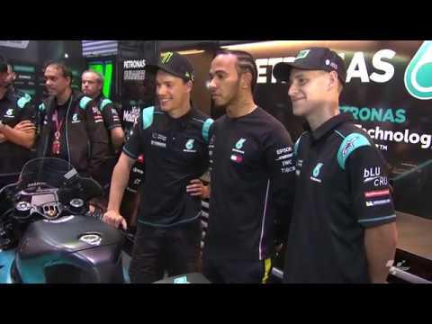 Lewis Hamilton visits PETRONAS Yamaha SRT at QatarGP