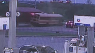 VIDEO: 18-wheeler crashes into Bastrop school bus; 9 students hurt