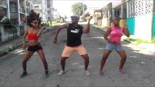 preview picture of video 'Reggaeton - Julio Moré - Canchanfleta'